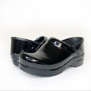 Dansko Professional Clogs Black Patent Leather